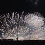 有料観覧席から見る淀川花火